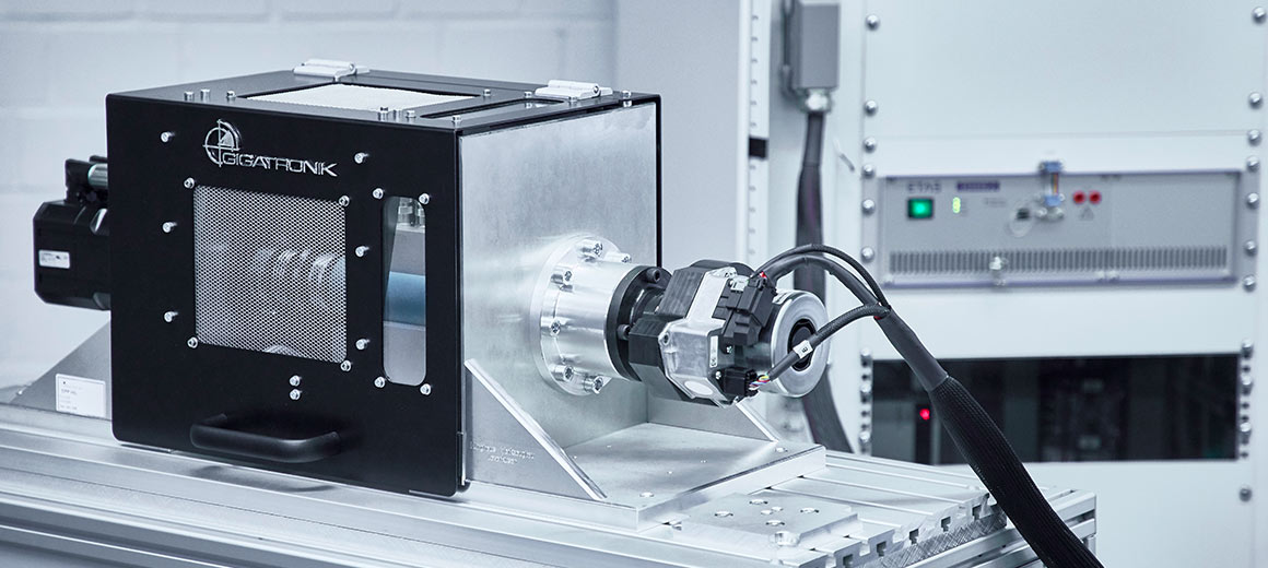 Together with ZF Friedrichshafen AG, the Cologne, Germany-based Akka DNO GmbH has developed a high-performance Hardware-in-the-Loop test system that acquires necessary data via high-end measurement technology directly integrated in PC-based control technology from Beckhoff.